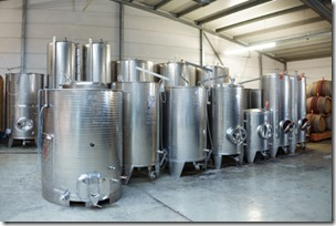 stainless-steel-tanks-for-wine-storage