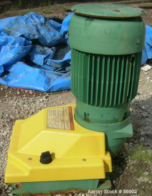 Used- Lightnin Series 10 Top Entering Agitator, Model 15QS2. Open tank design, ratio 17.31:1, output RPM 45. Driven by a 2 H...