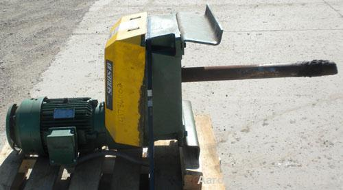 Used- Lightnin Series 10 Top Entering Agitator, Model 17Q5. Closed tank design. Ratio 25.92 to 1, output rpm 37, 5 hp rating...