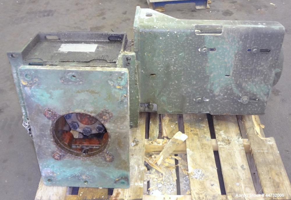 Used- Lightnin Fixed Mount Open Tank Design Agitator, Model 505QP-25