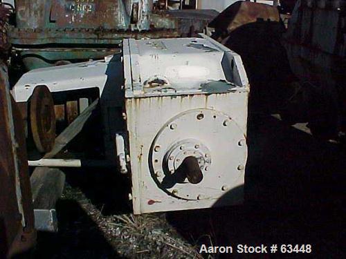 Used- Lightnin Top Entering Agitator, Model 835-Q8-500