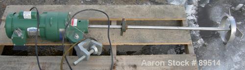 "USED: Lightnin clamp-on agitator, model EV5P33. 3/4"" diameter x 35""long 304 stainless steel shaft with a 3 blade turbine. Dr..."