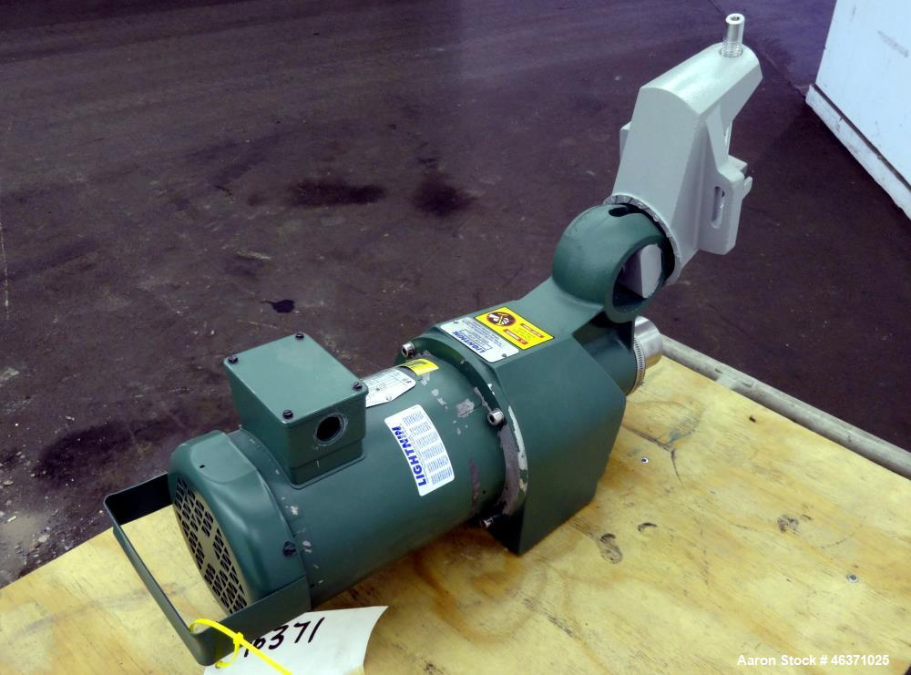 "Used- Lightnin Clamp On Agitator, Model X5P75. 3/4hp, 3/60/208-230/460 Volt, 1725 rpm motor. Set up for an approximate 1"" di..."