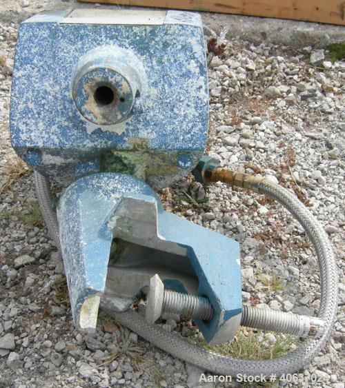 Used- Lightnin Clamp-On Air Operated Agitator, model XJA-300. Requires shaft and blade.