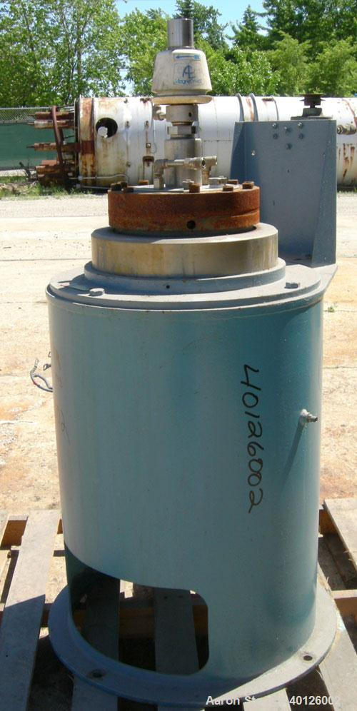 Used-  Autoclave Engineers Reactor,5 Gallon, 316 Stainless Steel, Vertical.  Flat bolt on top, dished bottom.  Internal rat...