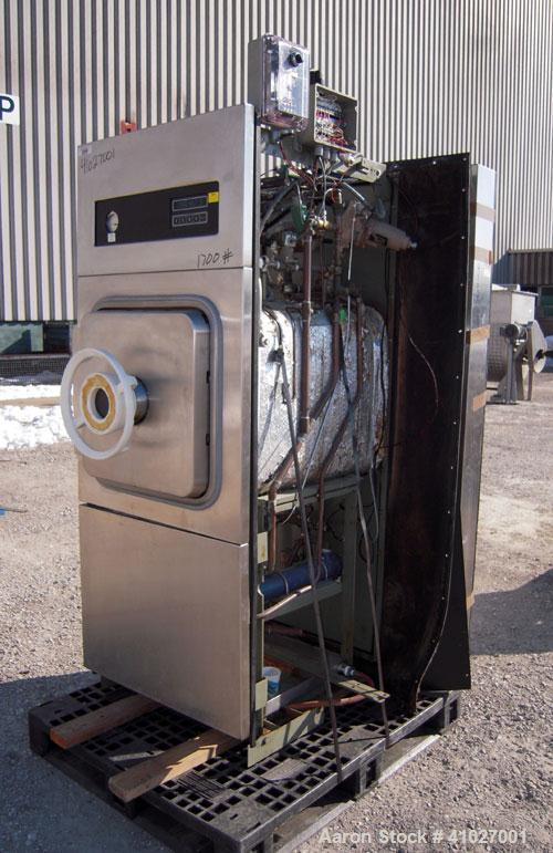 Used- Amsco Vacamatic Eagle Series Sterilizer, Model 3023