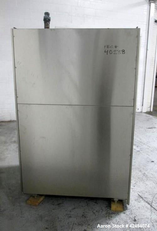 Used- Getinge Autoclave, Model GE 6610 AC-1. Stainless steel construction. Internal rated 45psi and Full Vacuum at 300 degre...