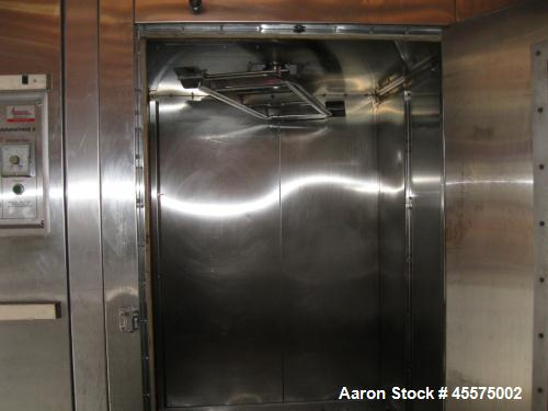 Used- Baxter Advantage II Double Rack Oven, Model 0V200G-M2