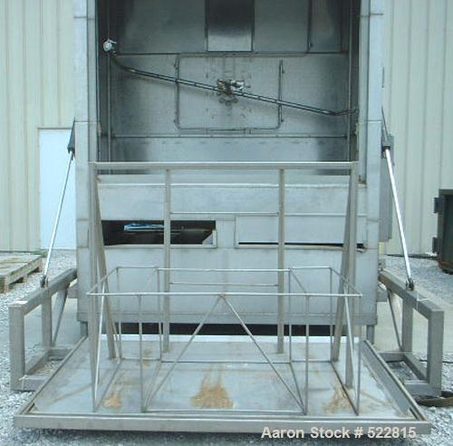 USED: Tote bin washer manufactured by Douglas Machine, model VBT-1000.Recirculated pre wash temp 130 deg F, recirculated was...
