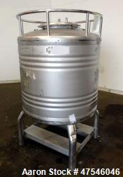 Automationstechnik Tote Bin, 800 Liter, 28 Cubic Feet, 304 Stainless Steel, Vertical. Approximate 4...