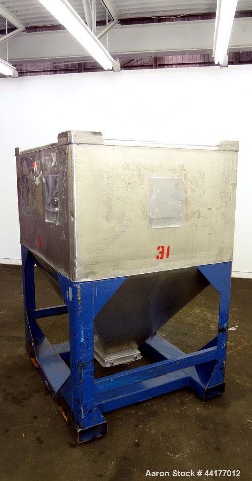 Used- Mid-States Manufacturing & Engineering Powder Tote Bin
