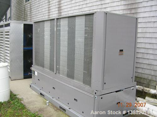 Used- Carrier model 30RAN022 Aquasnap Chiller. 16.2 ton capacity, 152 gallon reservoir. 230 volts, 3PH.60HZ.