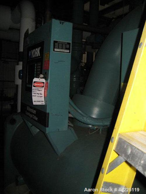 Used- York Glycol Chiller, 390 Tons, Model YKCDDDG4-CME. Model YDHA-41-DO compressor. 3 phase, 60 cycle, 460 volt, 150 psig,...