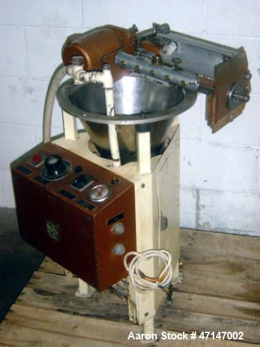 "Used- Sollich MD-280, 10"" Wide Decorator with Electrically Heated Feed Tank with Pump.  Single phase, 220 volt."