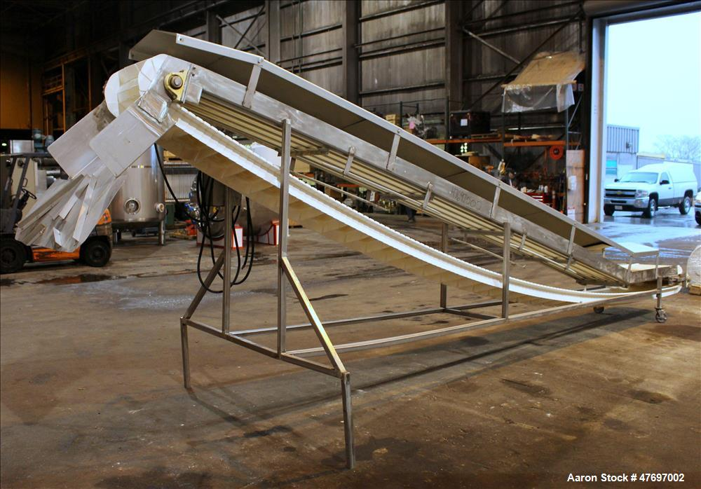 Used- Incline Conveyor, 304 Stainless Steel.