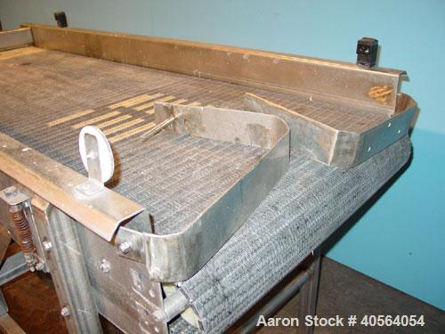 """Used- Bidirectional Accumulating Table, 32"""" wide x 8' long. Delrin style belting."""