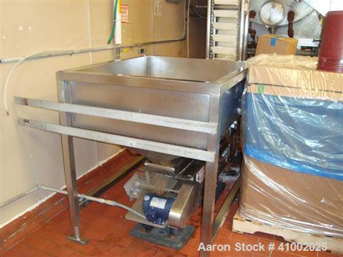 "Used- Z Bucket Conveyor, 9""inside x 4"" Pockets, 11"" Discharge SS Frame"