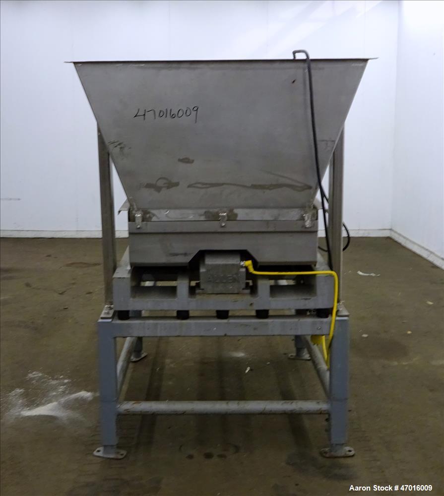 Used- Allen Vibratory Conveyor Model MGD4400