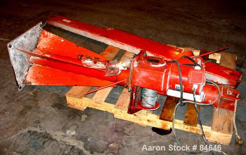 USED: Thern stationary davit crane, model 4771, 1000 pound capacity. 7' long arm. Power winch driven by a 1 hp, 1/60/115 vol...