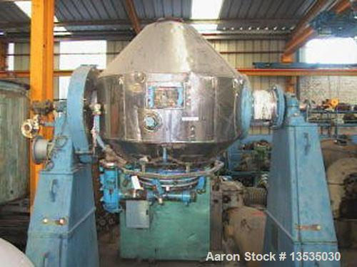 Used-De Dietrich SR400 Double Cone Mixer, stainless steel and glass lined. 16.8 cubic feet (475 liters) total capacity, doub...