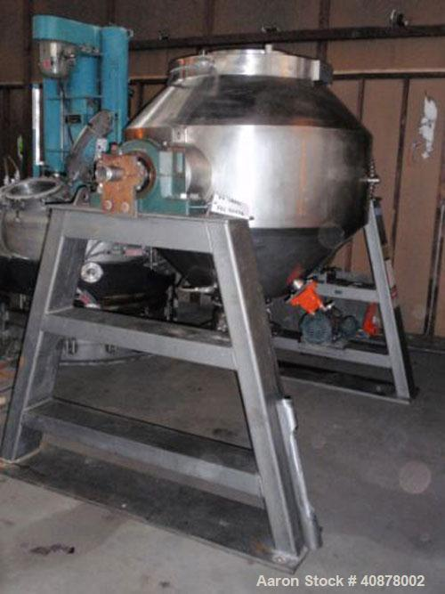 Used- Gemco Double Cone Vacuum Dryer. 20 cubic foot working capacity, Hastelloy C276. Maximum material density 150 pounds pe...