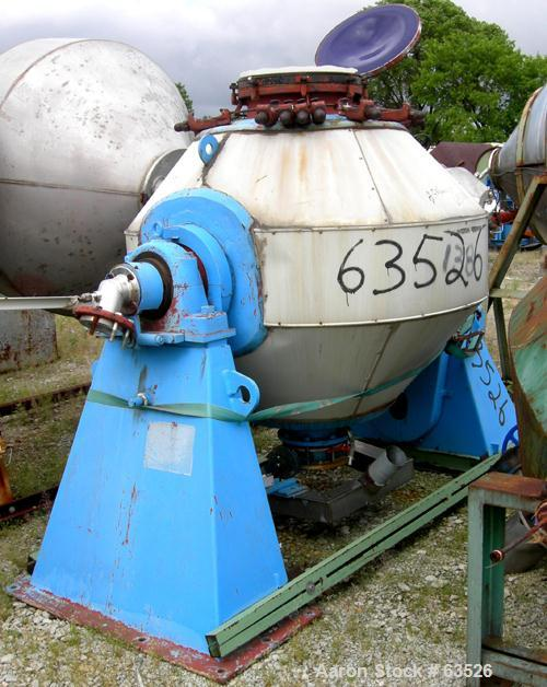 Used- Pfaudler Glass Lined Double Cone Vacuum Dryer, Type MT1000. Approximate 23 cubic foot (650 liter) working capacity, 40...