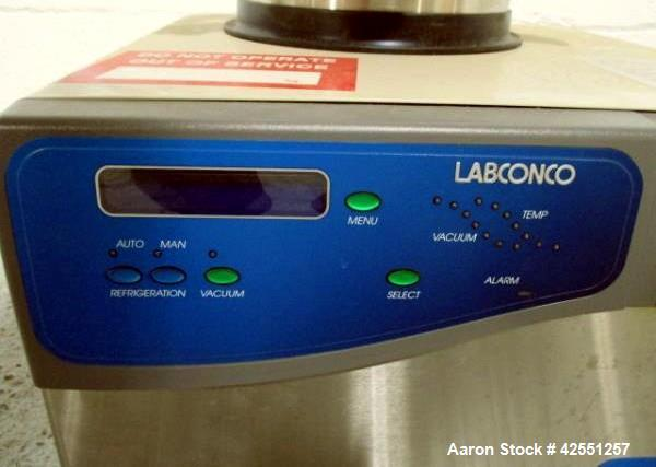 "Used- Labconco Benchtop Freeze Dryer, Model FreeZone 4.5, 10 head, 4.5 liter ice capacity, 9"" diameter x 10"" straight side c..."
