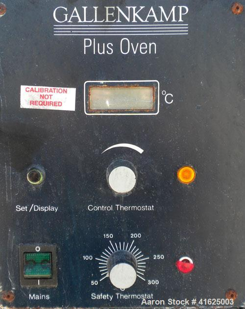 "Used- Gallenkamp Plus Oven, Model OVE.200.030Y. 304 stainless steel chamber 16"" wide x 18-3/4"" high x 14-1/2"" deep, 2 intern..."