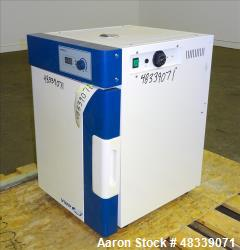 Used- VWR Gravity Convection Oven, Model 414004-556.