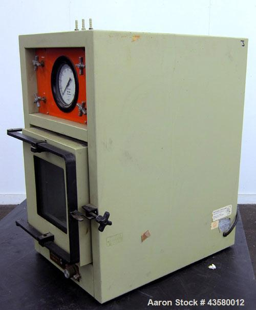 "Used- Napco Vacuum Oven, Model 3640-7. Chamber measures approximate 12"" wide x 12"" tall x 19"" deep. Glass front door. 1/60/1..."