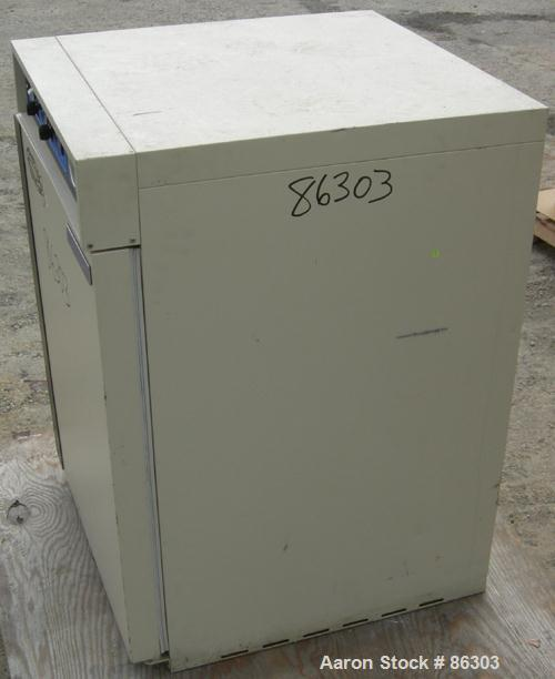 """USED: VWR Scientific incubator, model 1540. Stainless steel interior 19"""" wide x 26"""" tall x 20"""" deep. Approx 5 cubic feet cap..."""