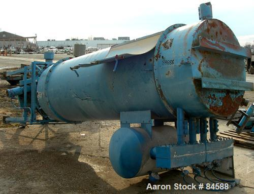 Used- Carter Day Pulse Jet Dust Collector, Model 16DFB8, Carbon Steel. Approximate 151 square feet filter area. Housing meas...