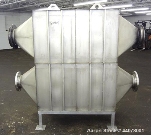 Used- Flanders Airpure Containment Filter Housing Only, Model NBC-7 1X1 GG-F