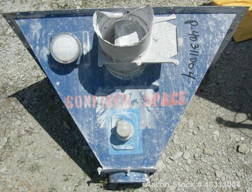 Used- Torit downflo pulse jet cartridge type dust collector, model TD650, carbon steel. Approximate 648 square feet filter a...