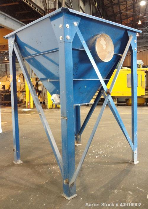"Used- Torit Pulse Jet Dust Collector, 890 Square Feet, Model 81PJD8, Carbon Steel. Housing measures 70"" long x 70"" wide x 11..."