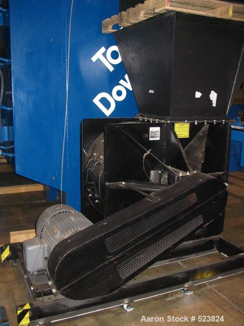 USED: Torit model DFT4-32 dust collector, 8128 square feet. Air tocloth ratio @ 15,000 cfm: 1.8:1. Auto pulse clean with dif...