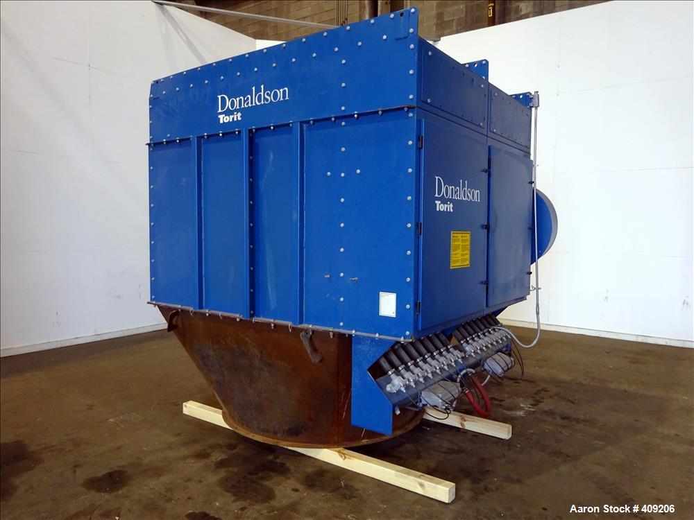 Used- Torit Dalamatic Dust Collector, Model DLMC 2/5/15, Carbon Steel.