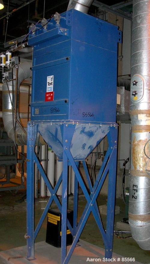 USED: Torit Downflo cartridge type dust collector, model TD486, approximately 540 square feet filter area, air flow CFM appr...