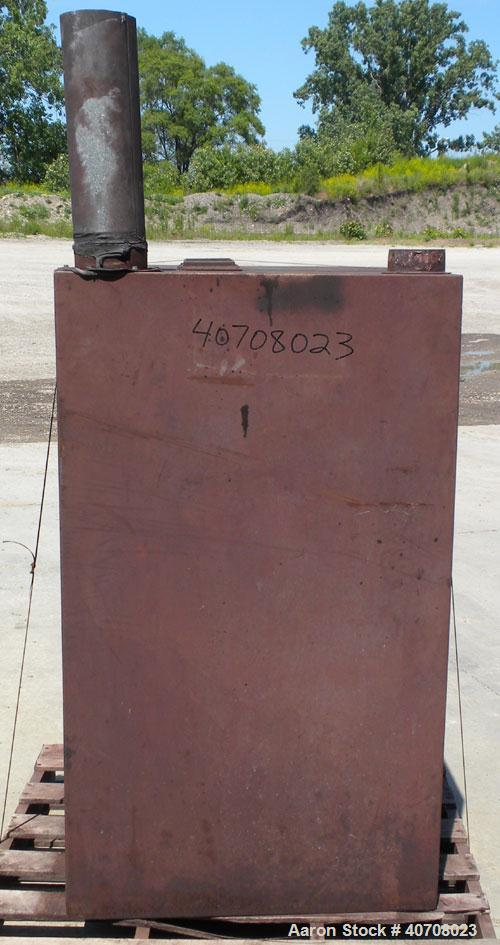 Used-Torit Cabinet Dust Collector, carbon steel. 3 hp, 3450 rpm blower motor. Approximate capacity rating of 1231 cfm with 1...