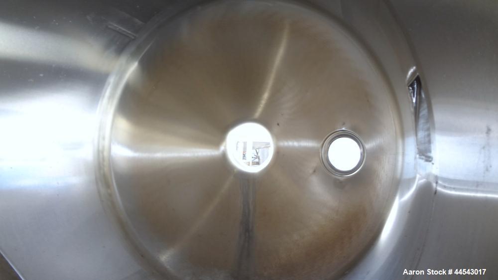 Used- Stainless Steel 200 Gallon Evaporator Vapor Body Tank