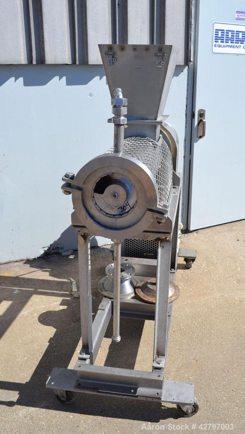 "Used- Bonnot Type Extruder, Approximately 5 to 1 L/D Ratio, 304 Stainless Steel. Approximately 5-3/4"" diameter x 29-1/2"" lon..."