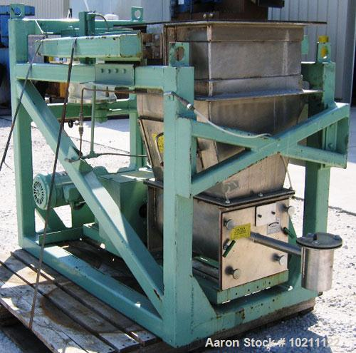 """Used-1"""" Acrison Loss-In-Weight Screw Feeder, Stainless Steel, Model 403-100-80-150Z-C. Centerless helical screw. 17.5"""" squar..."""