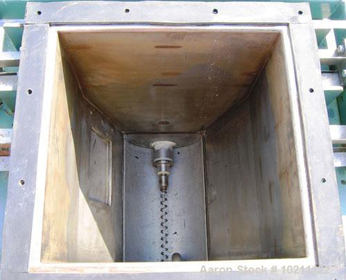 "Used-1"" Acrison Loss-In-Weight Screw Feeder, Stainless Steel, Model 403-100-80-150Z-C. Centerless helical screw. 17.5"" squar..."