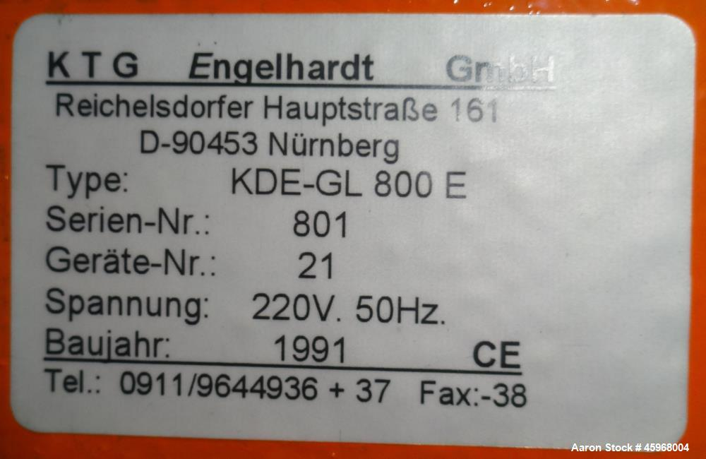 Used- Engelhardt Continuous Dosing Weigher, Type KDE-GL 800E. Consists of top feed hopper, vibratory feeder with cover, weig...