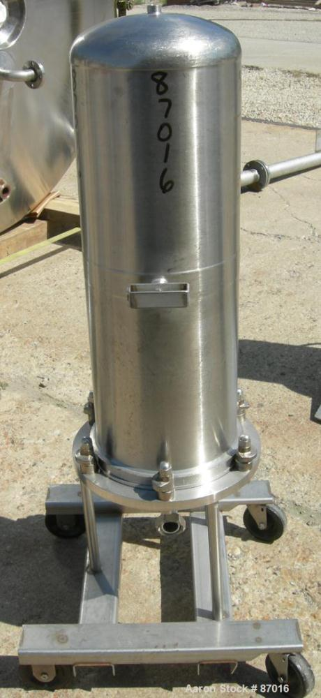"USED: AMF Cuno Zeta Plus cartridge filter, model 12ZP3, 316 stainless steel. 12"" diameter x 36"" long. Dish top, flat bolt-on..."