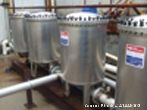 Used-Harmsco Cartridge Filter Stainless Steel. Model HIF55170FL. Bolt Down Dish Top.