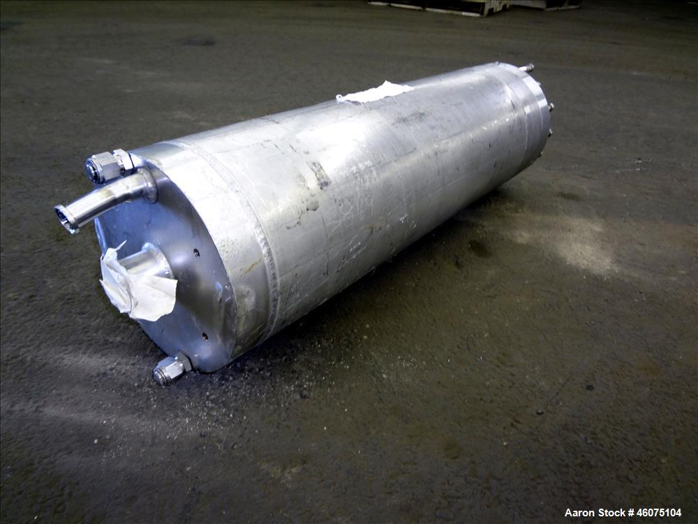 "Used- Ionics Pressure Cartridge Filter, 304 Stainless Steel. Approximate 7"" diameter x 24"" long chamber. Vessel rated 600 ps..."