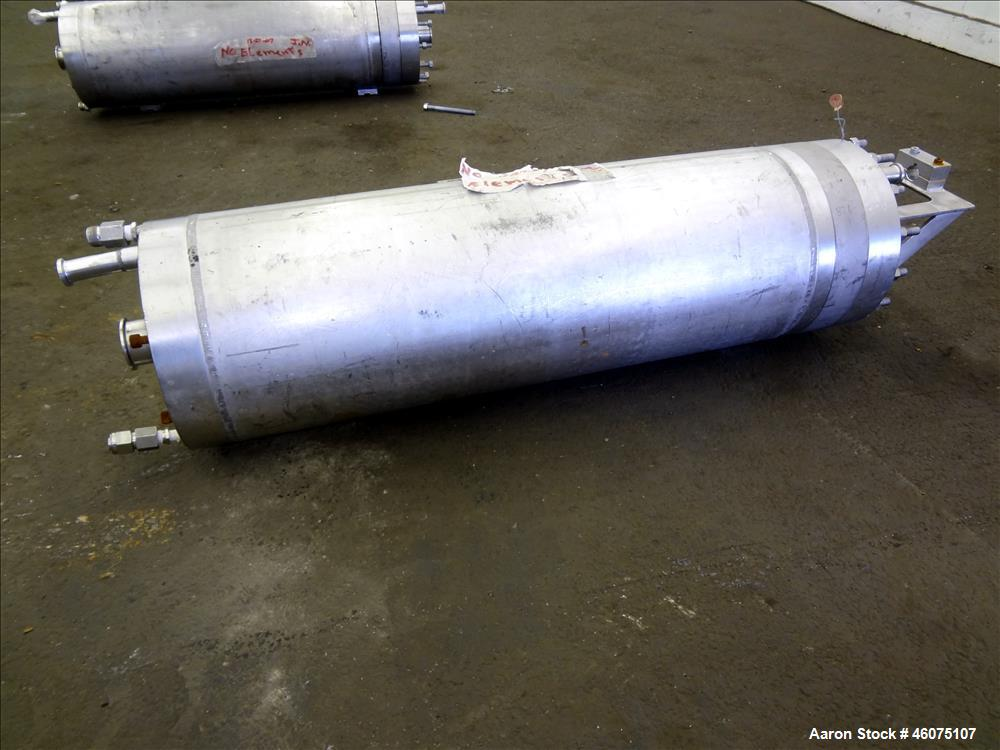 """Used- Ionics Pressure Cartridge Filter, 304 Stainless Steel. Approximate 7"""" diameter x 24"""" long chamber. Internal rated 600 ..."""