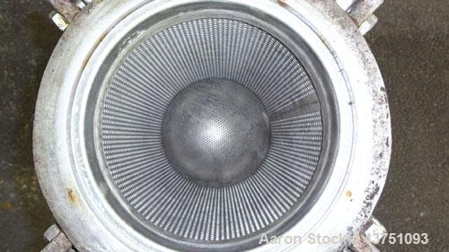 """Used- Mechanical Basket Filter, 3 Gallon Capacity, 316 Stainless Steel, Vertical. Approximately 8"""" diameter x 16"""" deep housi..."""