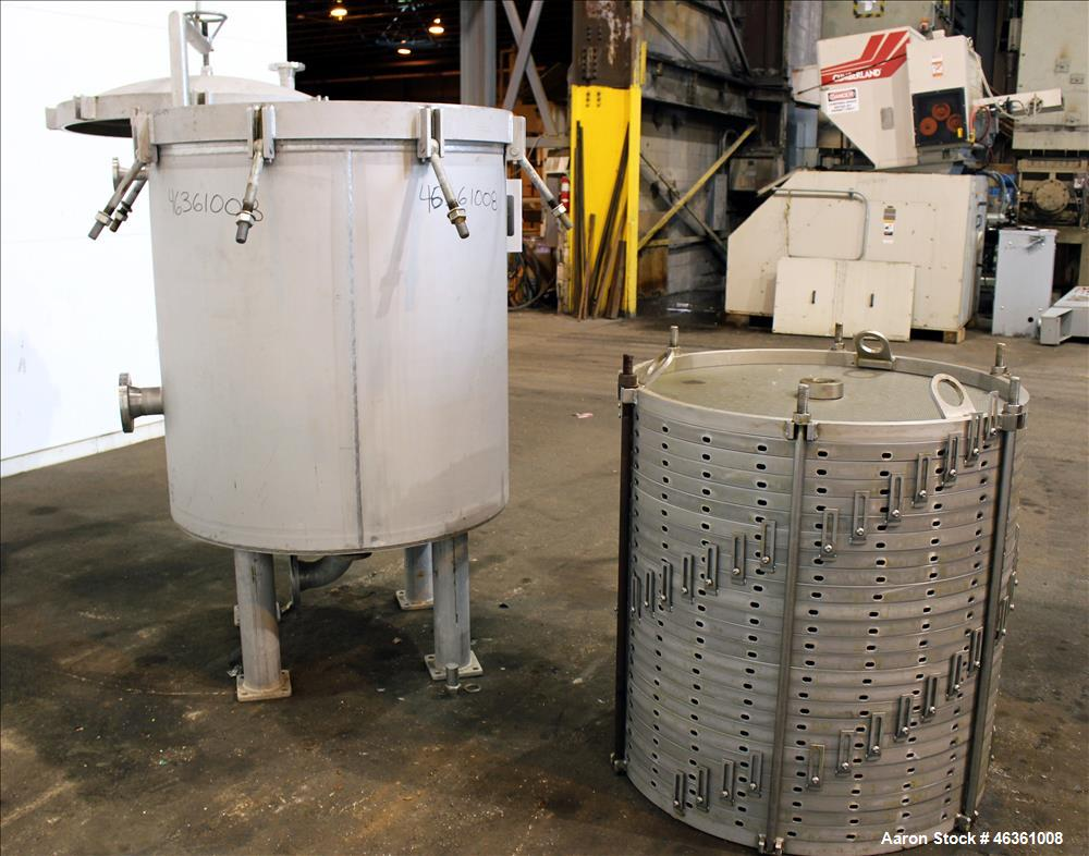 Used- LFC Lochem Horizontal Plate Filter, Type Level Leaf 1100/1000/14/24, 304 Stainless Steel. Approximately 80 square feet...